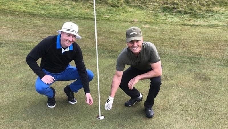Albatross golf rất khó thực hiện, do vậy cần tập luyện kiên trì