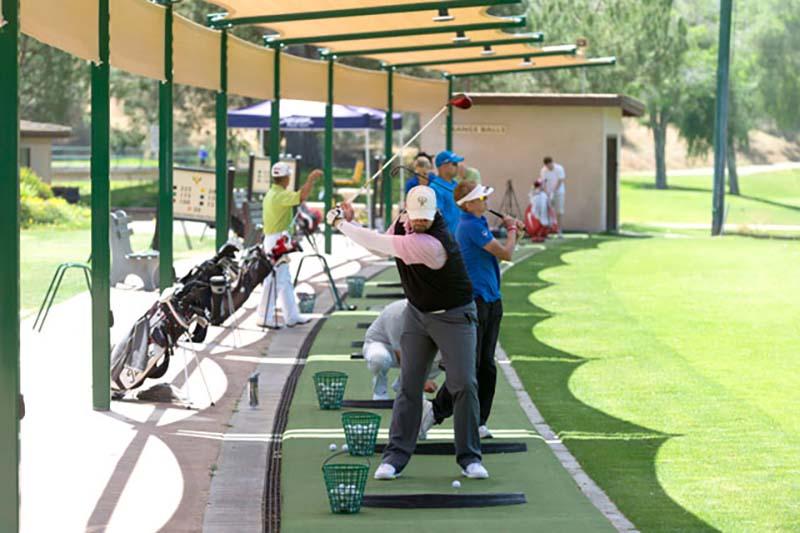 Driving range là phần sân để người chơi tập đánh bóng