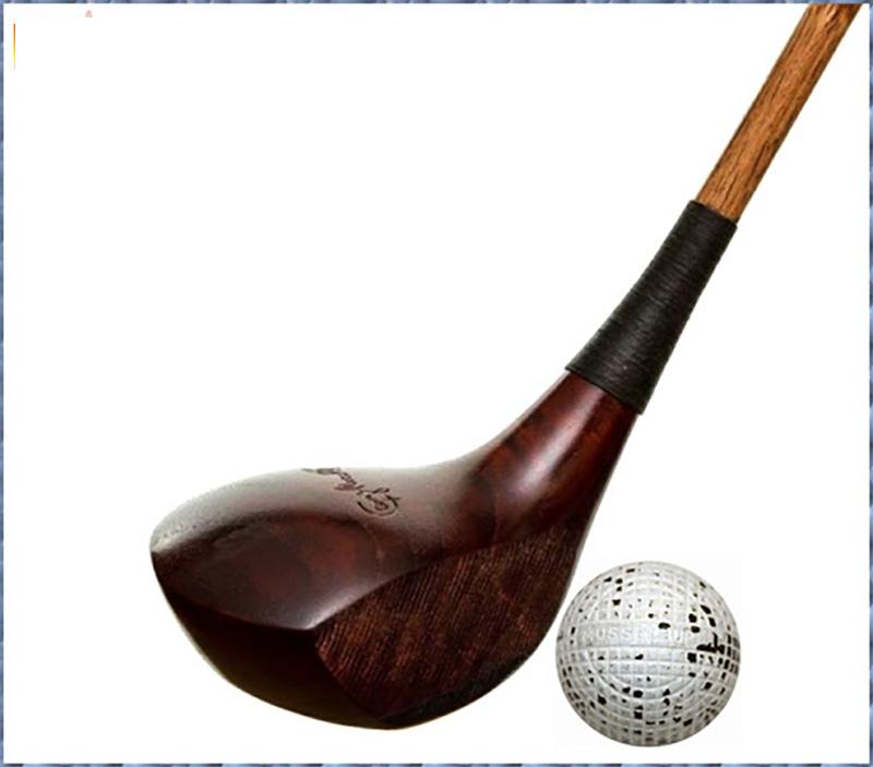 Gậy golf tay trái được làm bằng chất liệu gỗ