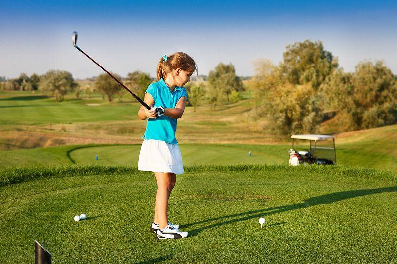 Golf Group Academy có nhiều lớp huấn luyện golf cho trẻ nhỏ
