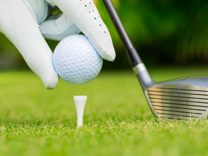 Tee golf chính là điểm phát bóng