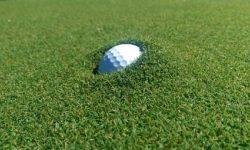 luật golf bóng lún