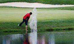 luật golf trong bẫy nước