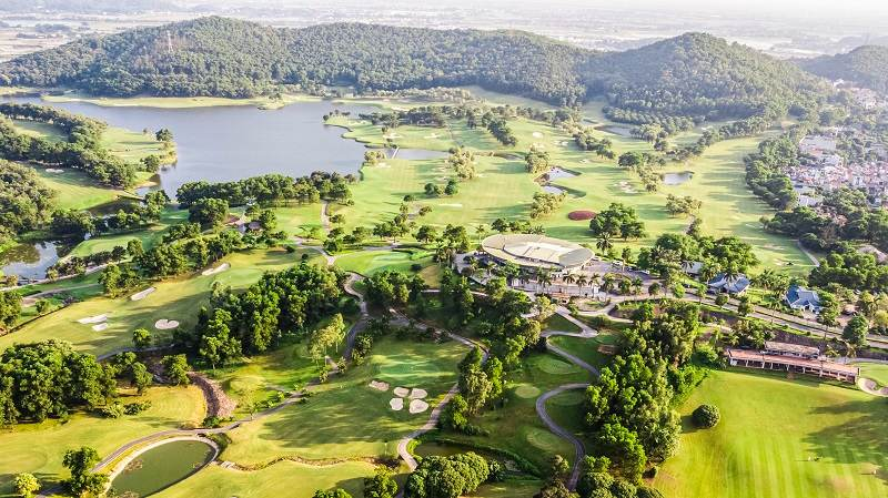 Sân golf Chí Linh là một trong những sân golf đẹp nhất Việt Nam