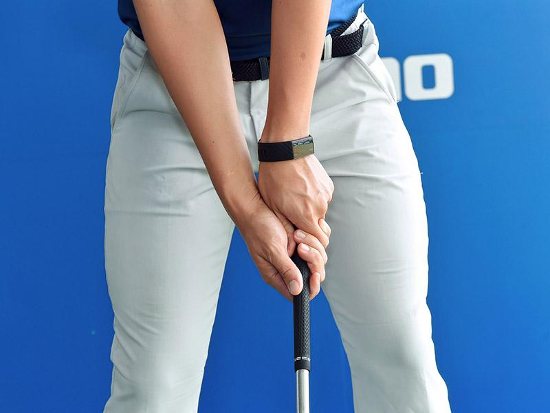 Cách cầm gậy là bài học golf cơ bản đầu tiên golfer cần thực hiện