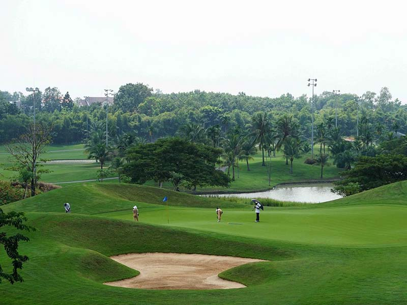 Sân golf Twin Doves được thiết kế với 27 hố golf tiêu chuẩn
