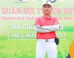 Huấn luyện viên golf Đinh Công Lợi