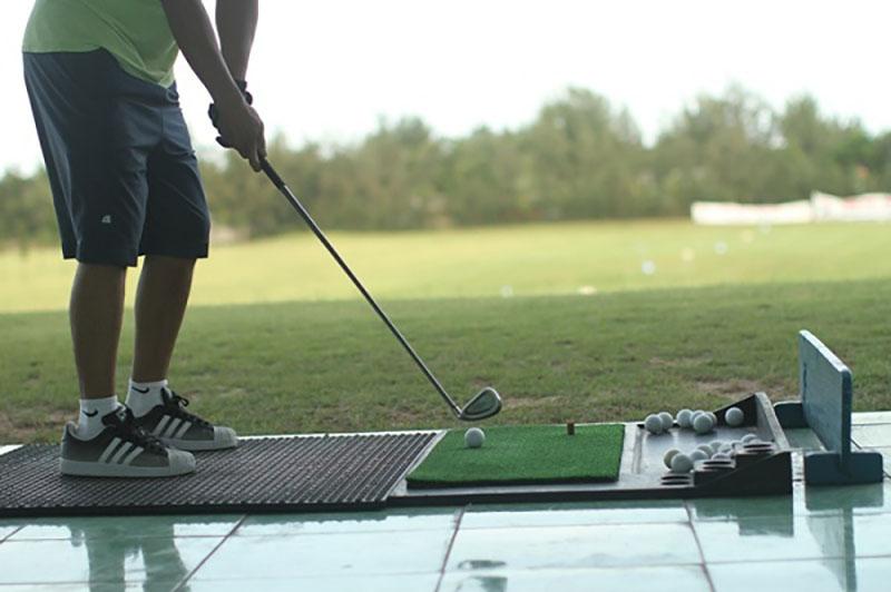 Khu du lịch - thể thao này sẽ giúp người chơi nhanh chóng nâng cao khả năng chơi golf của bản thân