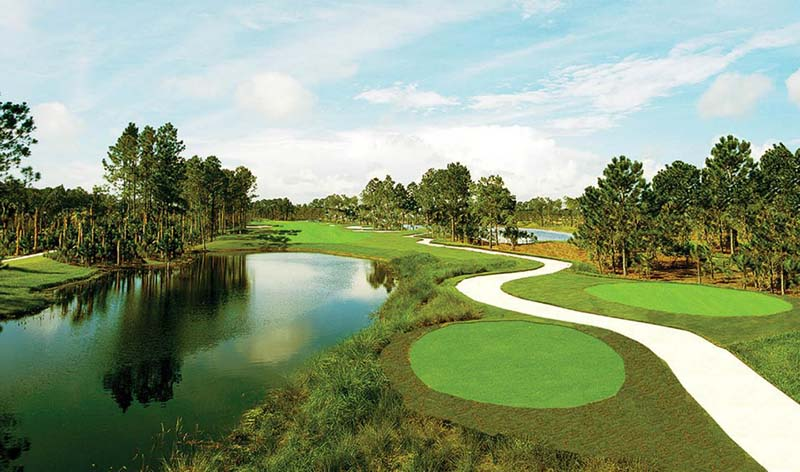 Sân được bố trí 200 bẫy cát để phục vụ 36 đường golf
