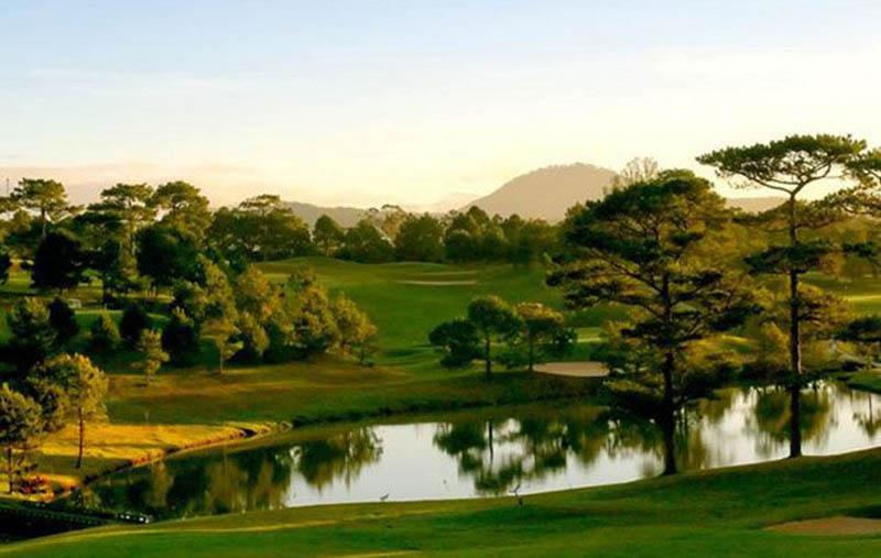 Không chỉ mang quang cảnh xinh đẹp, sân golf còn có nhiều tiện ích sang trọng