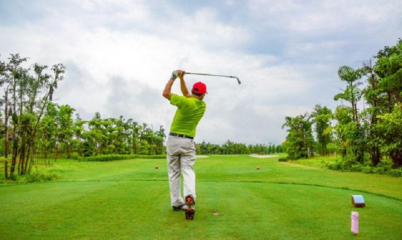Người chơi sẽ phải đối mặt với nhiều bấy golf đầy thử thách tại sân Đại Lải