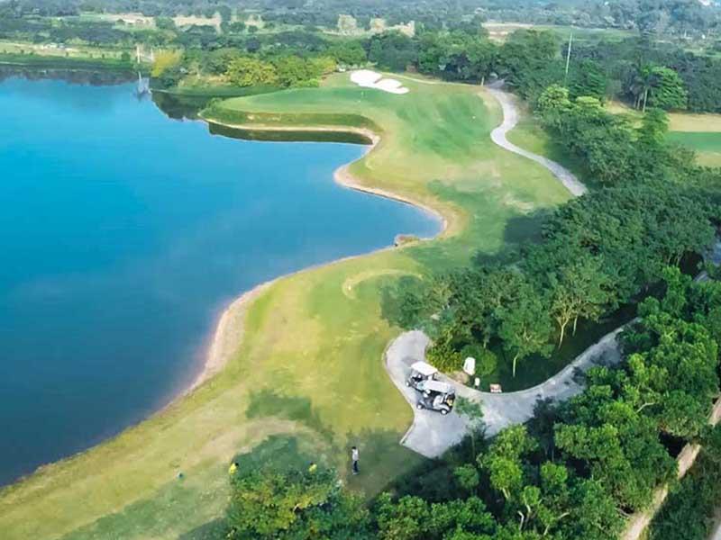 Sân golf Hà Nội có tổng diện tích khoảng hơn 100 ha