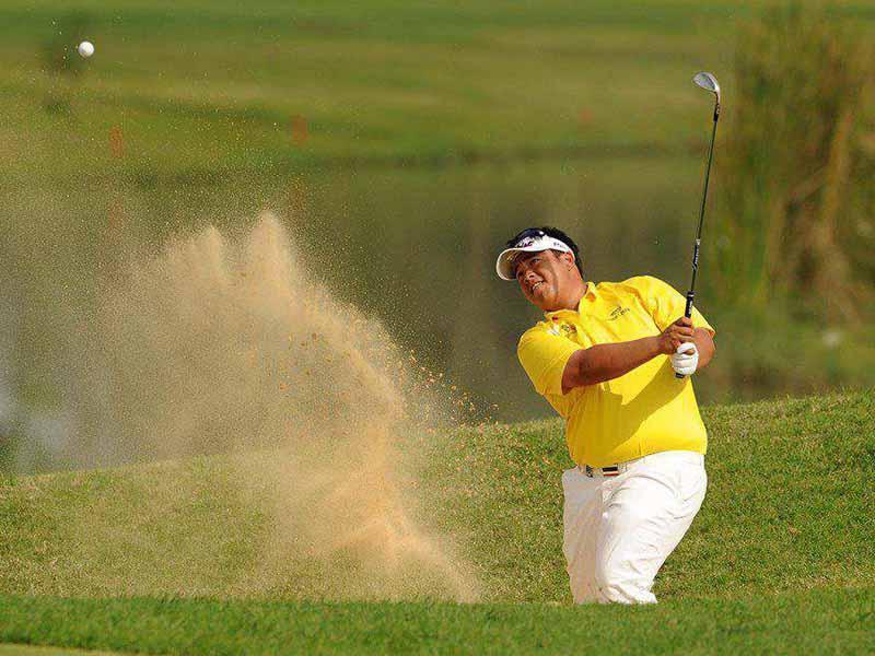 Kỹ thuật đánh golf trong hố cát là một trong những bài tập golf nâng cao được nhiều golfer quan tâm