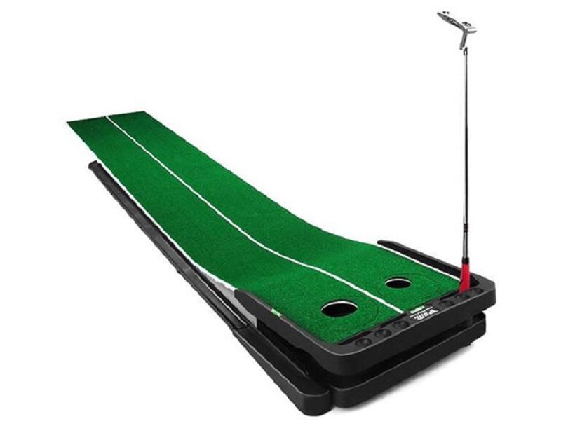 Thảm tập là một trong những dụng cụ quan trọng khi tập golf tại nhà