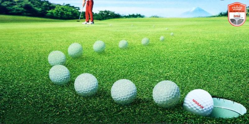 Cách đánh golf đúng kỹ thuật sẽ đưa bóng vào lỗ một cách chính xác