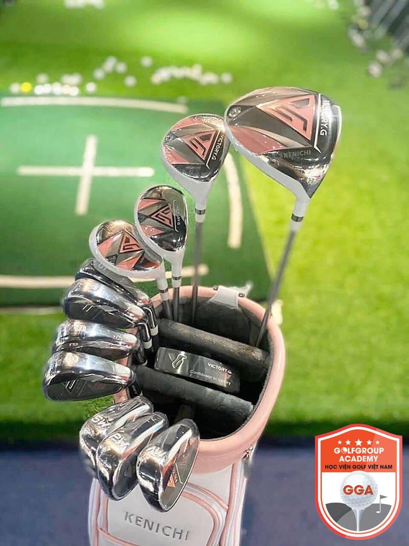 Golfer cũng không nên bỏ qua vai trò của gậy gỗ khi luyện tập