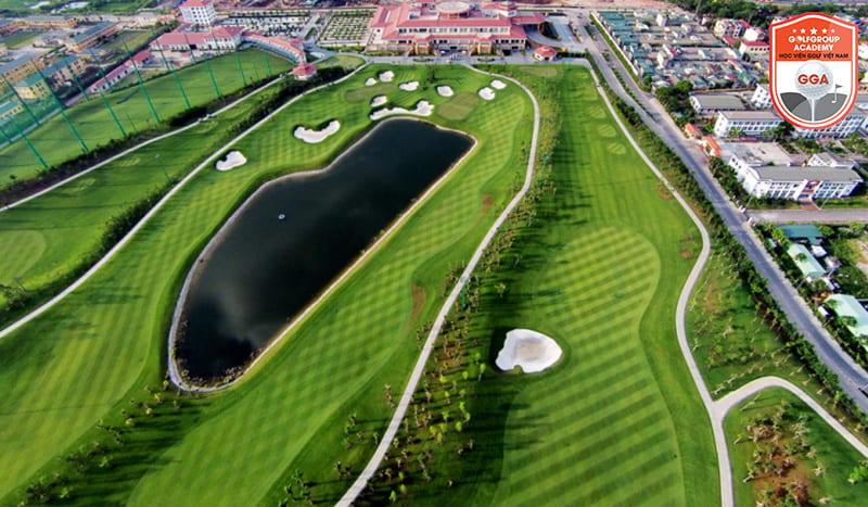 Sân tập golf Long Biên được nhiều người chơi yêu thích