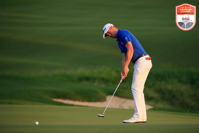 Tập luyện kỹ thuật putt nhiều hơn cũng là một trong số những kinh nghiệm học đánh golf