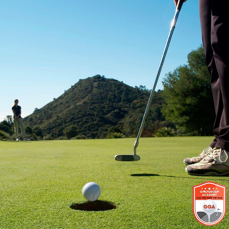 Par trong golf là một thuật ngữ trong golf mà golf thủ phải biết