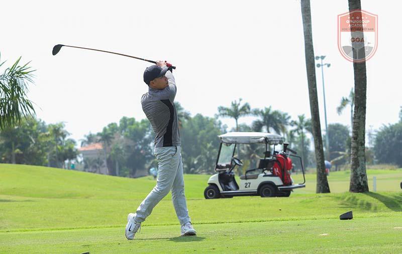 Golfer có thể thực hiện cú đánh này một cách tốt nhất khi thường xuyên rèn luyện