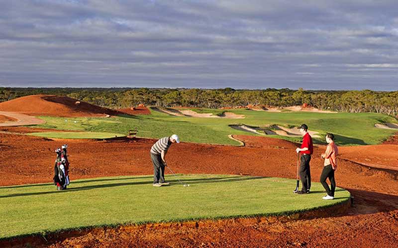 Sân golf dài nhất thế giới Nullabor Links