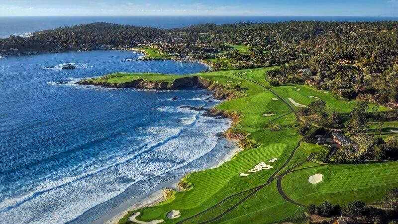 Pebble Beach Golf đã được vinh danh là sân golf số 1 tại Mỹ vào năm 2001