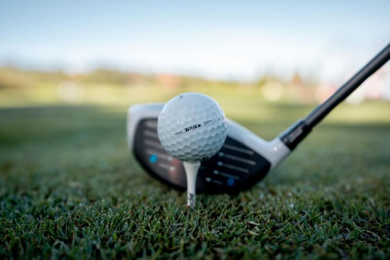 Gió biển luôn tạo thách thức cho người chơi golf
