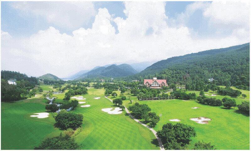 Sân golf Tam Đảo tọa lạc tại xã Hợp Châu thuộc huyện Tam Đảo, Vĩnh Phúc