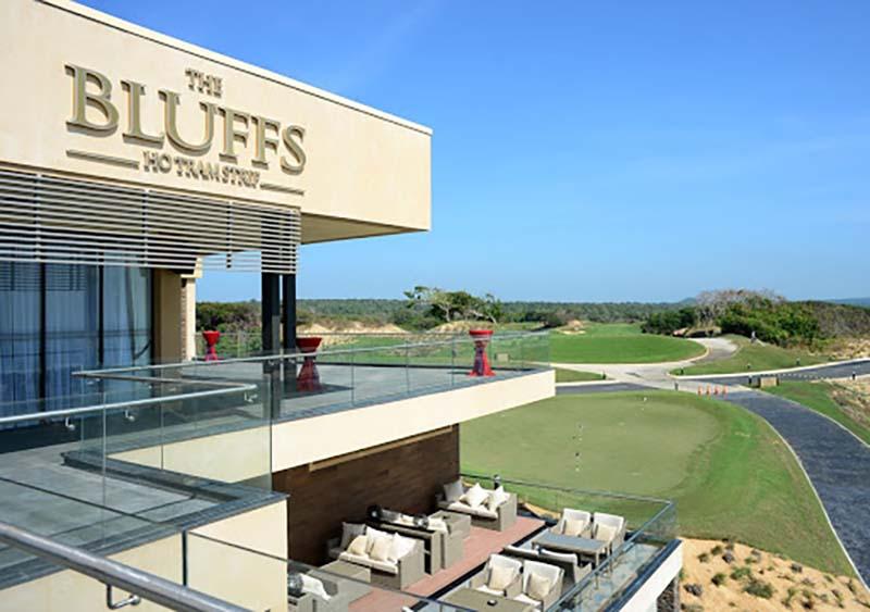 Sân tập Golf tại Bluff Hồ Tràm