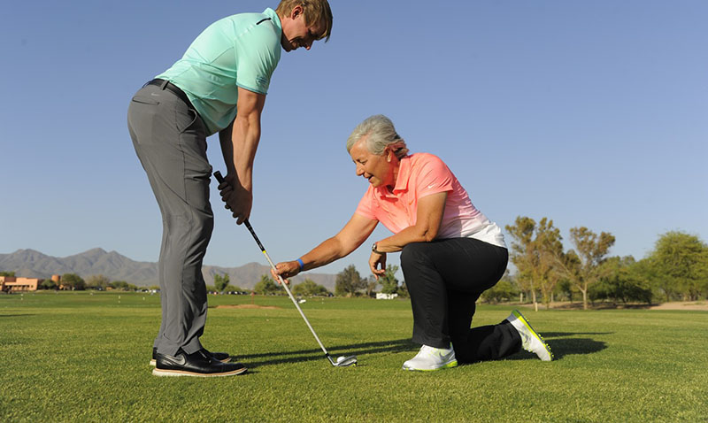 Huấn luyện viên golf phải có chứng chỉ quan trọng
