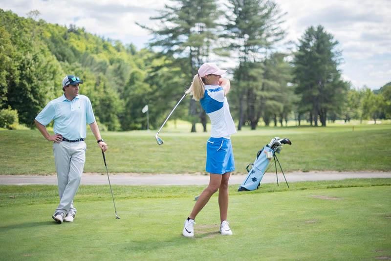 Golf group Academy đang thu hút những chuyên gia hàng đầu về giảng dạy