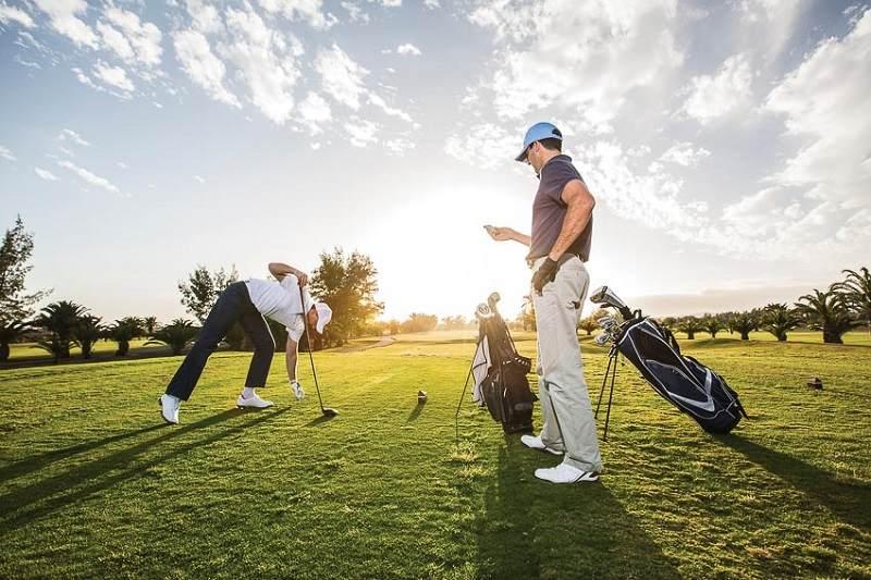 Phí chơi golf sẽ khác nhau giữa các đối tượng khách hàng