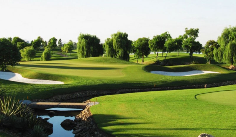 Sân golf Đầm Vạc là một trong những sân golf gần Hà Nội được nhiều golfer yêu thích