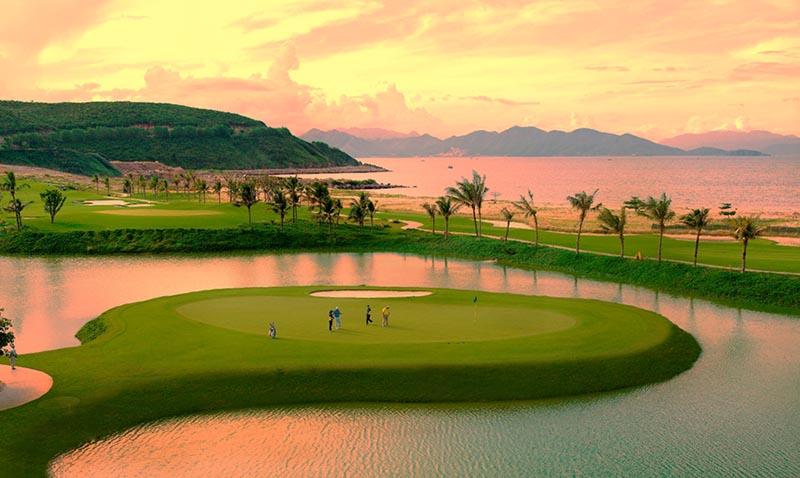 Vinpearl nổi tiếng với những sân golf quy mô