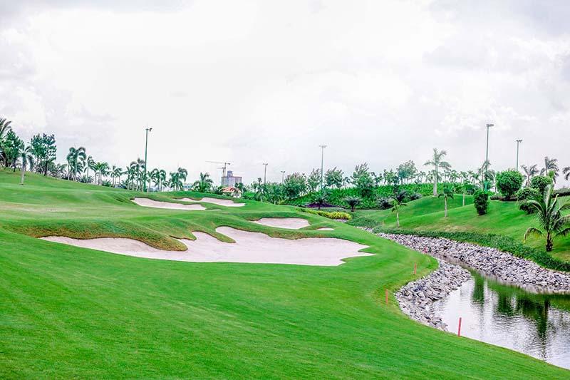 Thiết kế sân đầy thách thức cho golfer
