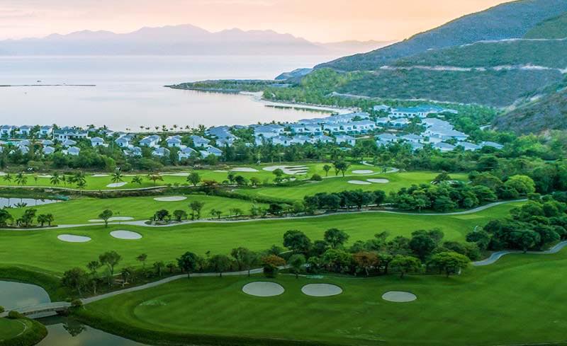 Sân golf Vinpearl Nha Trang mang đến nhiều thách thức cho các golfer