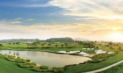 Sân golf Legend Hill nằm trên một vùng đồi thuộc xã Phù Linh, huyện Sóc Sơn, thành phố Hà Nội