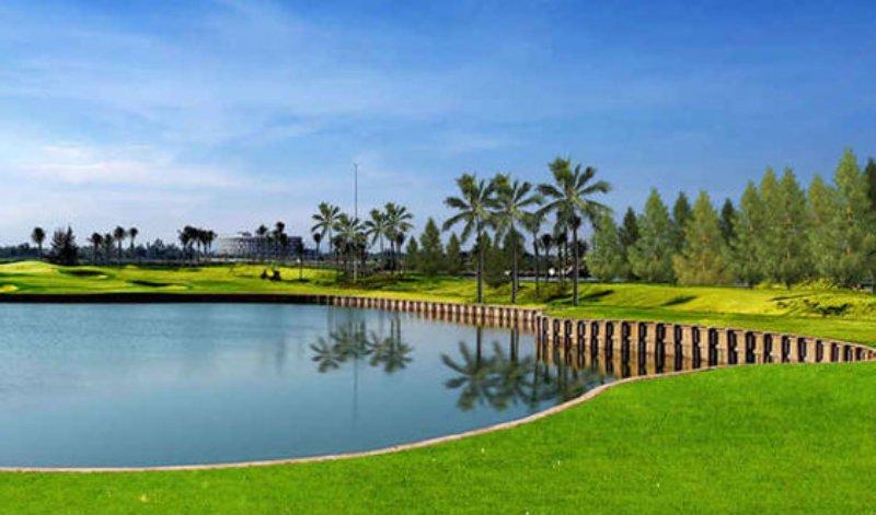 Sân gôn BRG Đà Nẵng - Nicklaus Course với phogncacsh bờ kè đầu tiên tại Châu Á