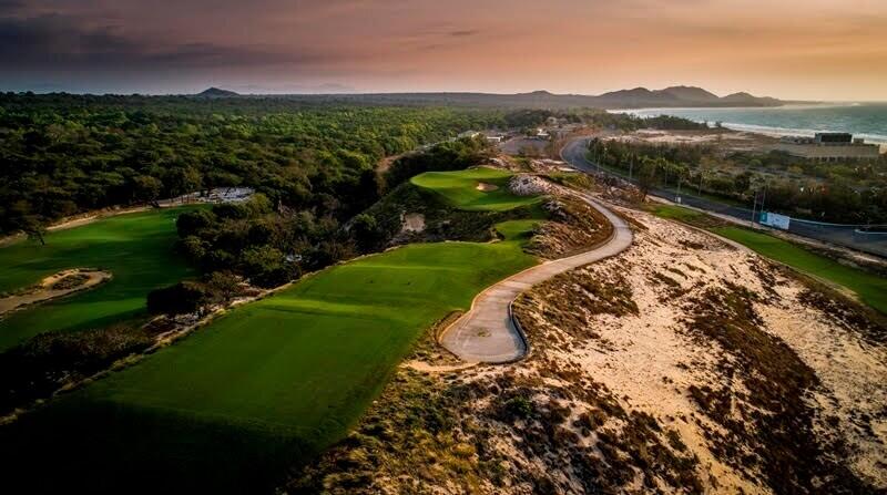 Sân golf Hồ Tràm là sân golf được thiết kế bởi tay golf huyền thoại Greg Norman