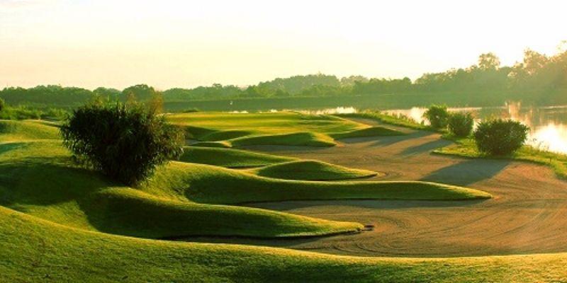 Sân golf Skylake có tổng diện tích lên tới 200 ha