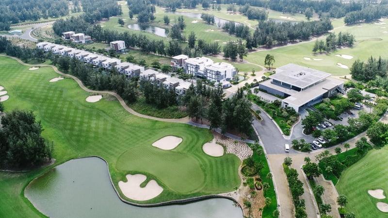 Sân golf Montgomerie Links Vietnam là sự kết hợp hài hòa của những yếu tố tự nhiên