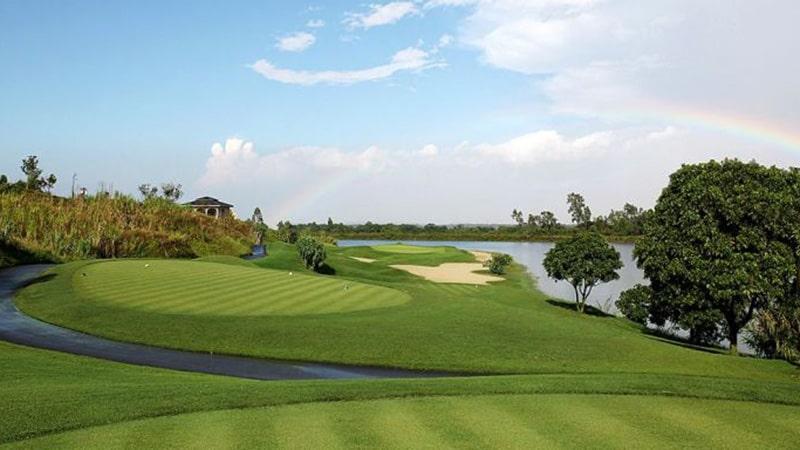 Sân Nhơn Trạch được chia thành 2 sân golf nhỏ với đặc trưng riêng