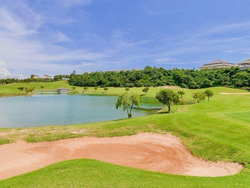 Sân golf Sealink nằm ở ven bờ biển Mũi Né, thuộc tỉnh Cà Mau