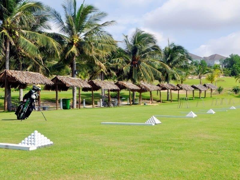 Sân golf Mũi Né có nhiều tiện ích giúp golfer thoải mái lựa chọn